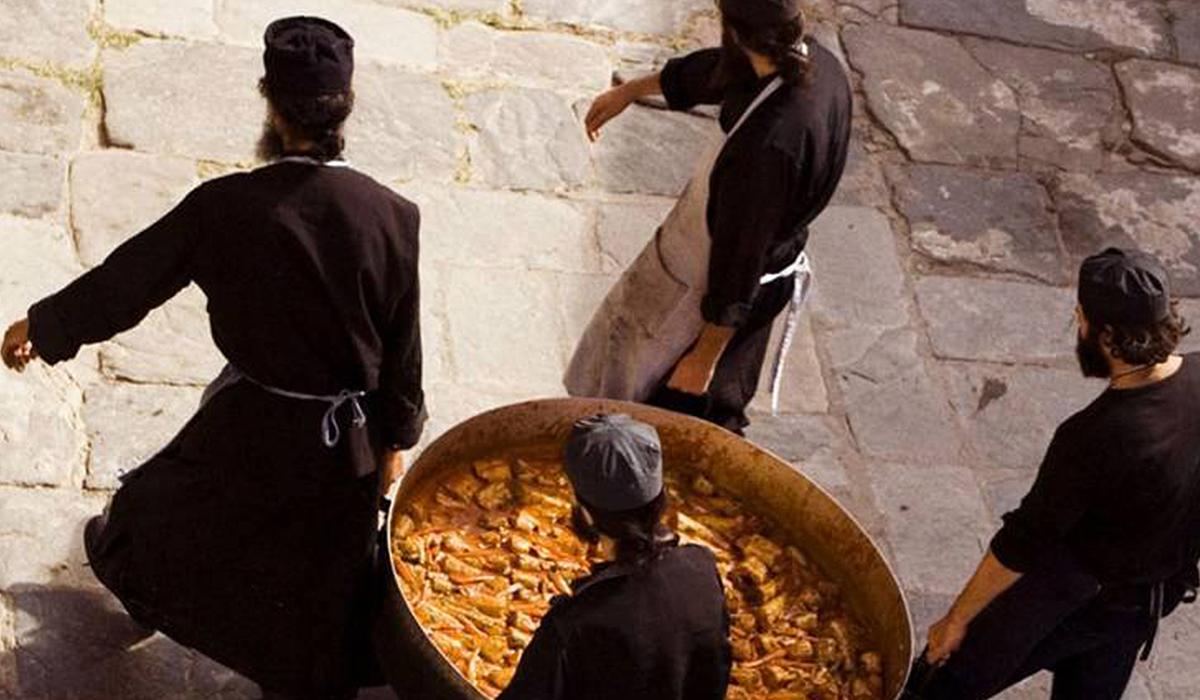 Τα διακονήματα των Αγιορειτών μοναχών - Κιβωτός της Ορθοδοξίας