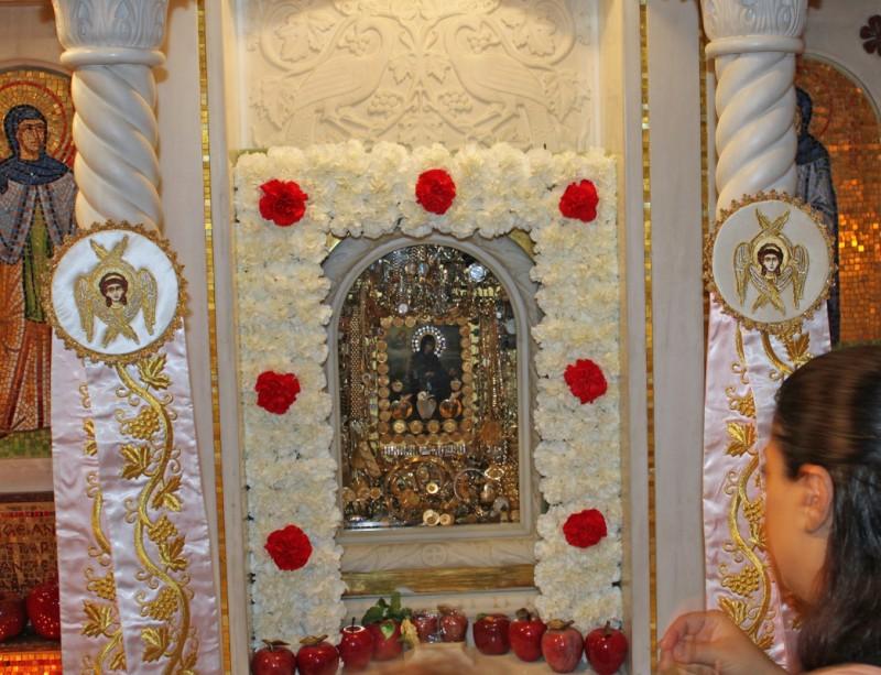 Οσία Ειρήνη Χρυσοβαλάντου: H αγαπημένη μοναχή λαού και... - Κιβωτός της  Ορθοδοξίας